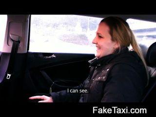 최초의 항문 처녀 faketaxi
