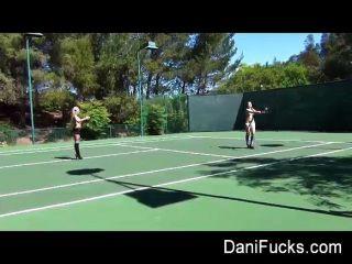 대니얼 레즈비언 테니스 bts