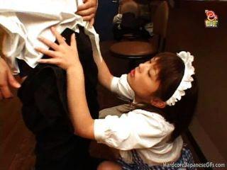 japanese bar maid가 좆되고 cumloaded