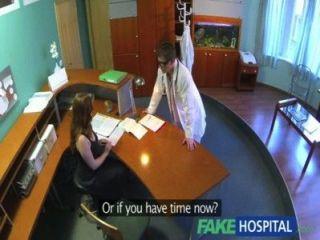가짜 병원 의사 의무 건강 검진