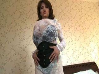 milena velba 그녀의 거대한 가슴으로 놀고