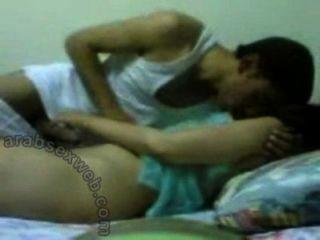 젊은 아랍 부부 사랑 만들기 asw244