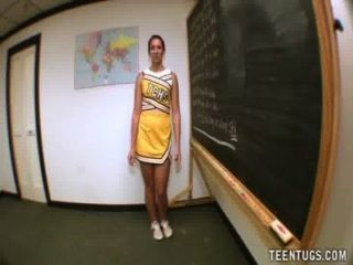 그녀의 선생님의 사춘기 학생 경련