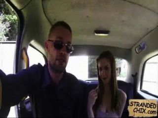 영국 사춘기 택시 운전사 stella cox.2
