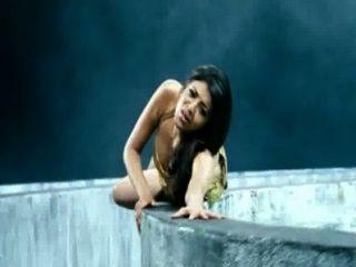 kajal aggarwal 가장 유창한 밀크 멜론은 흔들리는 n 슬로우 모션에서 누르면 튀는