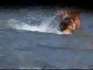 섹시한 gfs의 뱃사공 비디오 해변에서 누드