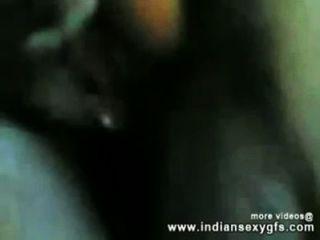 indiansexygfs.com 호텔에서 그녀의 삼촌과 빌어 먹을 인도 desi 소녀