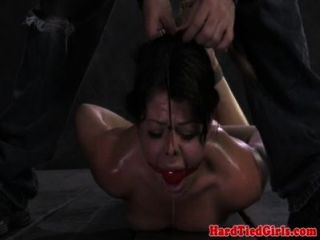 묶여 ballgagged bdsm 서브 roughed 최대