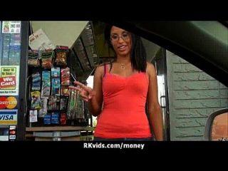 매춘부는 섹스 1을 지불하고 테이프를 얻습니다.