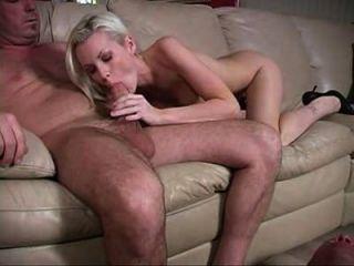 아내가 그녀의 애인 머리를 준다. (2)