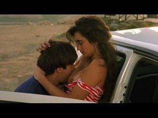 페넬로페 크루즈 (Penelope Cruz), 안나 갈리 엔아 (anna galiena) 등 햄과 열정에 대한 이야기 (1992)