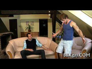 성 흥분한 동성애의 딱딱 거리는 사람 길들이기