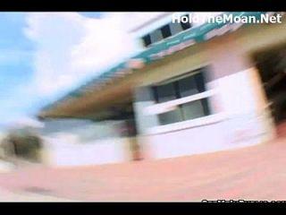 공공 장소에서 kynaa가 깜박 거리고 돈을 위해 망했어.