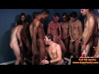 동성애자 남자들은 싫은 안장 얼굴 사정 파티 19