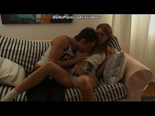 뜨거운 항문 섹스 비디오 장면 2의 금발