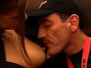 독일 금발 매우 뜨거운 엘리베이터에서 빌어 먹을