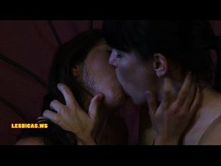 놀라운 야생 키스 소녀 매우 키스
