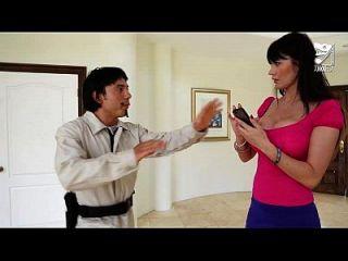 porno mexicano exterminator는 큰 가슴으로 가장 섹시한 유부녀를 유혹합니다 !! 에바 카 레라