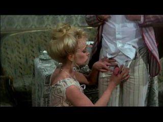 사자 (1976)의 현장에서 빈티지 입으로 섹스 장면 3