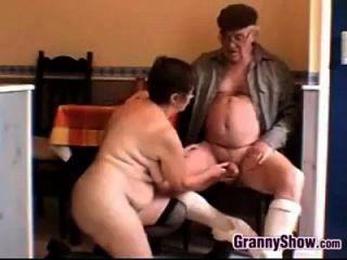 흥분 할머니와 할아버지 섹스