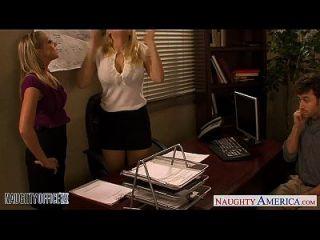 금발의 kagney linn karter와 shawna lenee는 사무실에서 망할 것입니다.
