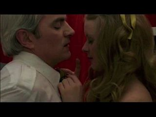 도촬은 사춘기 (1978) 섹스 장면 1의 사인에서 사춘기에 노인을 잡습니다