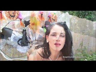 안젤리나 카스트로와 액션에서 가장 인기있는 여자 라켈!