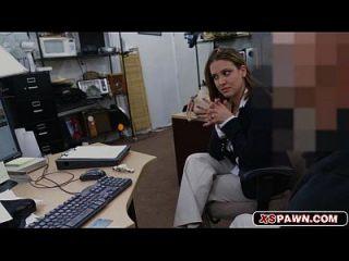 섹시 베이비 하드와 그녀의 음부에 대한 큰 수탉
