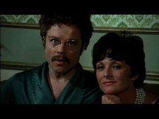 쌍둥이 자리 (1975) 섹스 장면 2의 기호에 도촬 가족