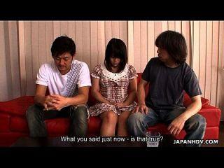 여러 오르가슴으로 처벌받는 뻔뻔스러운 아시아 인