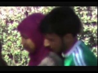 www.indiangirls.tk 커플은 공원 mms에 호색이 빠른 doiing 간다