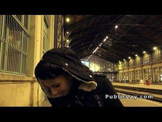 헝가리의 매력 hottie bangs 거대한 거시기