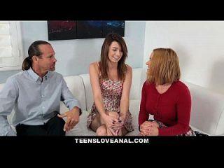 내 딸의 항문 섹스를 가르치는 teensloveanal