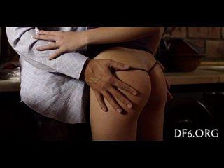 첫 번째 섹스를하는 포르노
