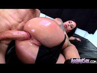 뜨거운 엉덩이 여자가 기름지고 깊은 못된 비디오 11 뒤에 그녀의 거대한 얻을