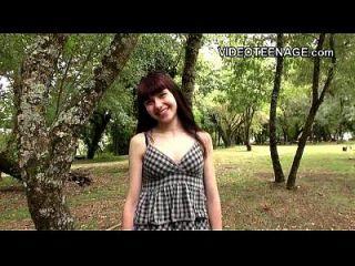 18 세 루나 라이벌 첫 번째 포르노 주조