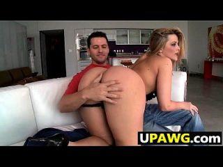 뚱뚱한 수분이 많은 섹시한 백인 엉덩이 알렉시스 텍사스