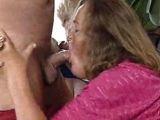 오래되고 섹시한 할머니!
