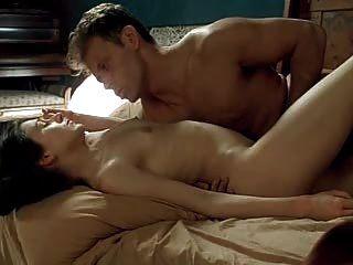 주류 영화의 뜨거운 섹스 장면 로맨스 3 캐롤라인