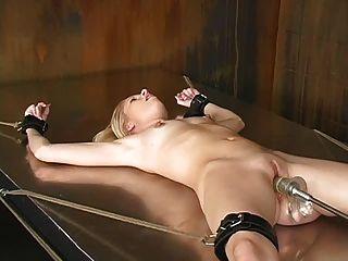 속박과 빌어 먹을 기계 (모건) 23