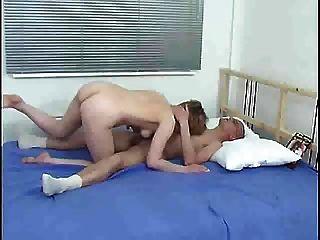 엄마와 소년 침대 s88