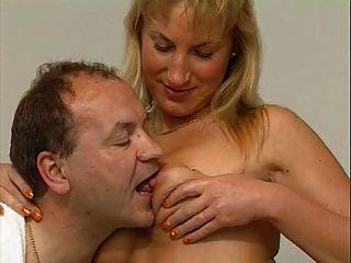 뜨거운 독일 성숙한 커플 섹스