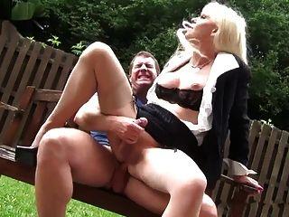 공원에서의 섹스