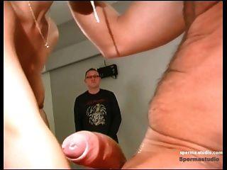 spermastudio : 정액 발사 + 깊은 목구멍 누추한 니키