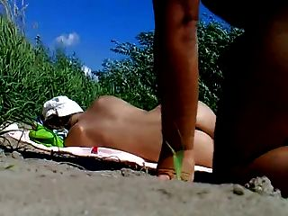 RUS 공공 해변 플래시 질내 사정 소녀 85 nv