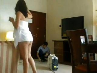 호텔 청소부 깜박임