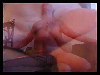 오래된 금발의 여자가 어린 소년과 섹스 ..