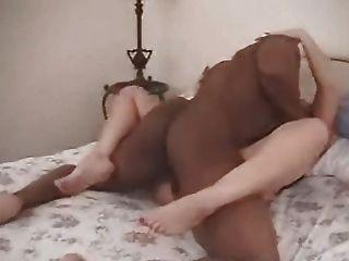 매춘부 아내가 BBC에 의해 creampied 도착 # 7. 넬