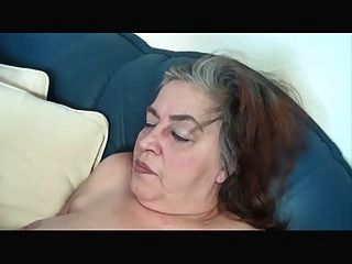독일 뚱뚱한 할머니 r20