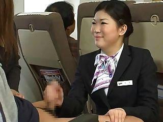 일본 스튜어디스 주무르기 검열
